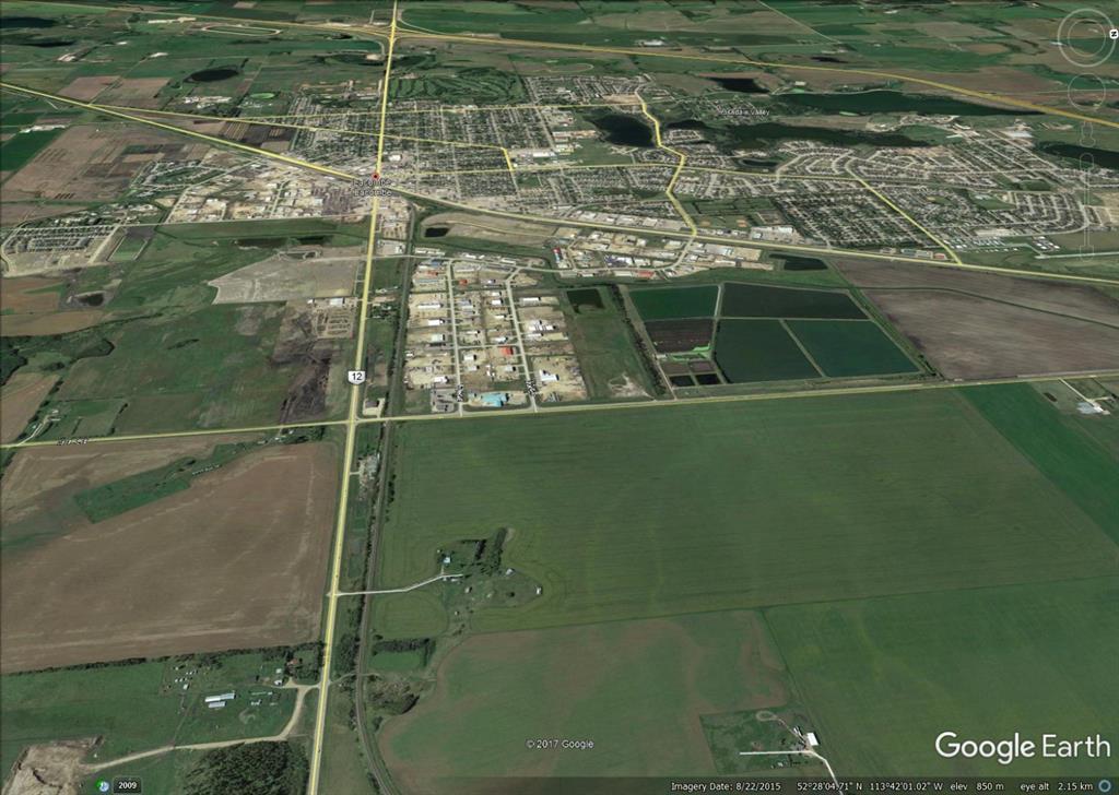 Sw 28 40 26 W4 Highway 12, Lacombe, Alberta  T4L 0B9 - Photo 1 - A1068693