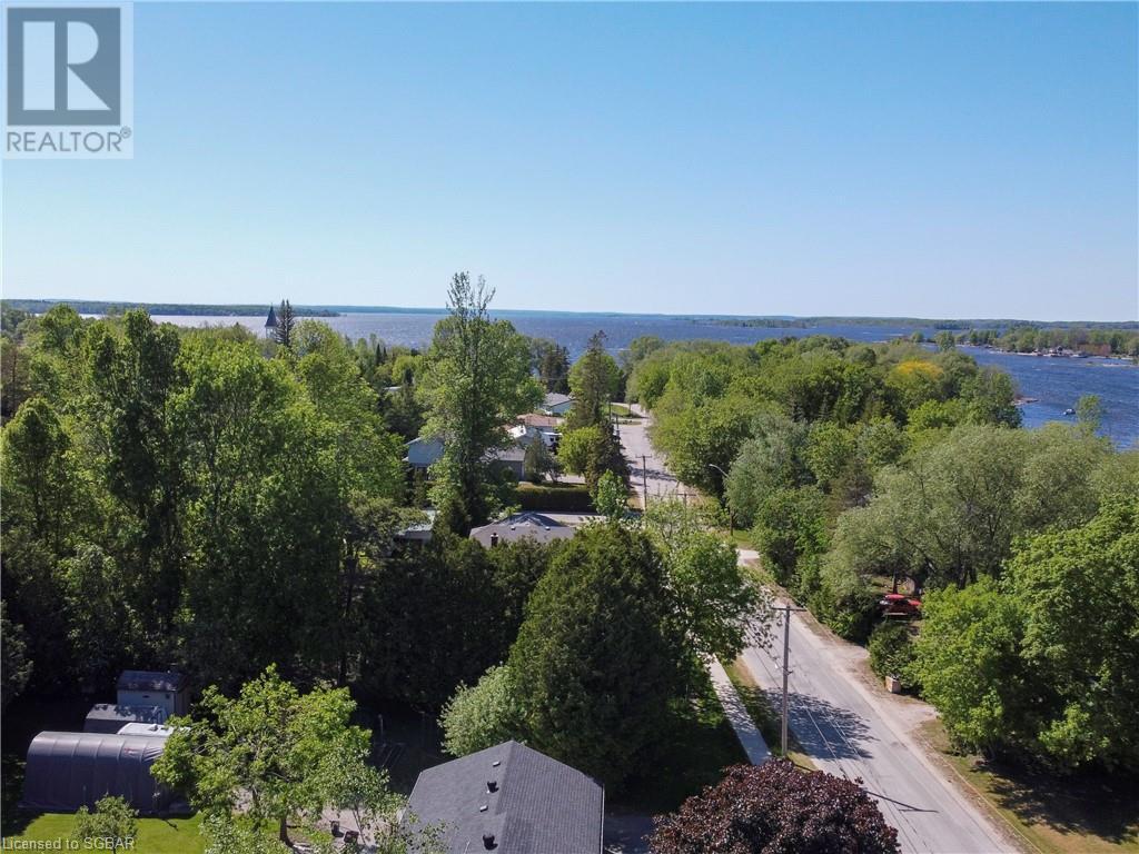 15 Willow Street, Waubaushene, Ontario  L0K 2C0 - Photo 13 - 40139382