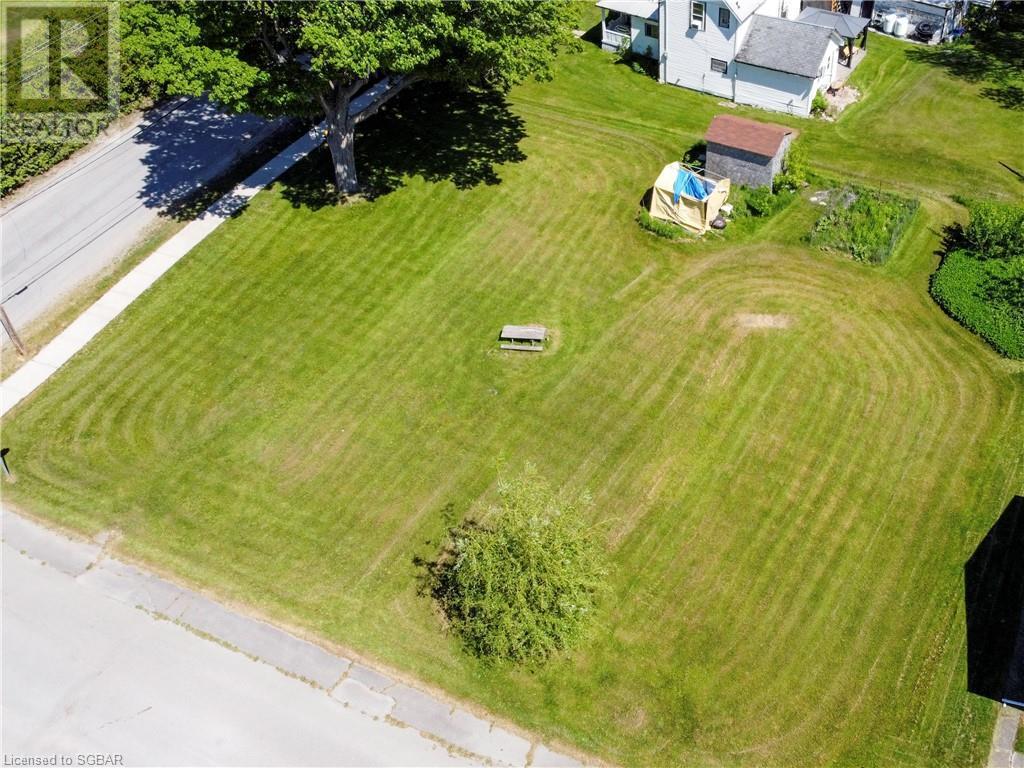 15 Willow Street, Waubaushene, Ontario  L0K 2C0 - Photo 7 - 40139382
