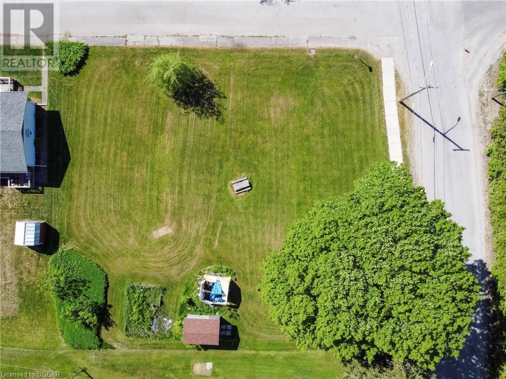 15 Willow Street, Waubaushene, Ontario  L0K 2C0 - Photo 10 - 40138195