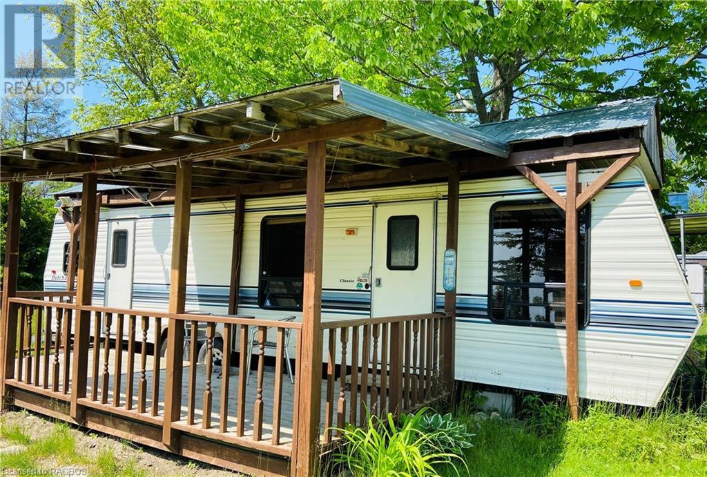 9 Tamarac Road Unit# 4, Stokes Bay, Ontario  N0H 2R0 - Photo 1 - 40111185
