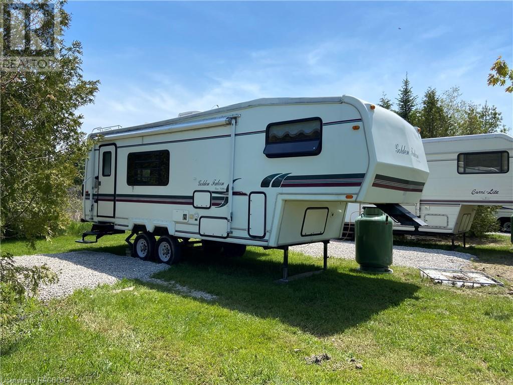 9 Tamarac Road Unit# 21, Stokes Bay, Ontario  N0H 2R0 - Photo 1 - 40134337