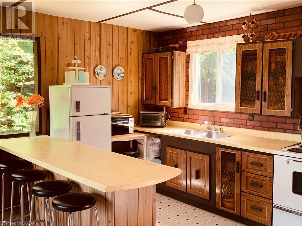 297 Salmon Lake Road, Seguin, Ontario  P2A 2W8 - Photo 7 - 40136094