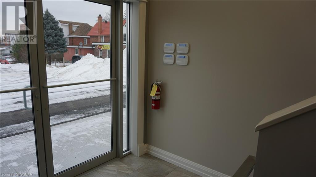 366 Midland Avenue Unit# 3w, Midland, Ontario  L4R 3K7 - Photo 2 - 40110357