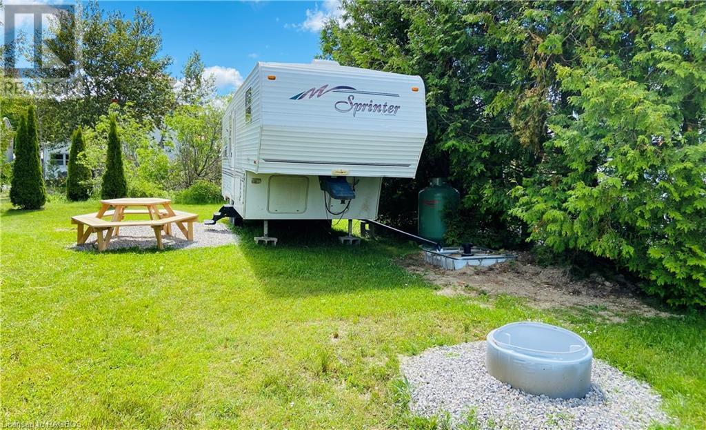 9 Tamarac Road Unit# 19, Stokes Bay, Ontario  N0H 2R0 - Photo 1 - 40134353