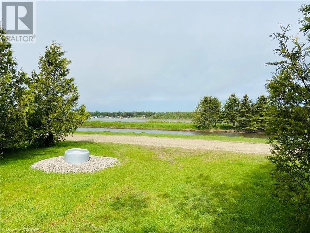 9 Tamarac Road Unit# 19, Stokes Bay, Ontario  N0H 2R0 - Photo 2 - 40134353