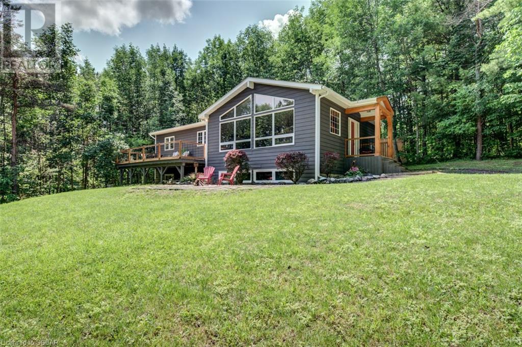 282 Bowles Bluff Road, Grey Highlands, Ontario  N0C 1H0 - Photo 1 - 40141841