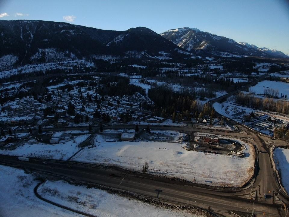 B101 Aspen Drive, Sparwood, British Columbia  V0B 1G0 - Photo 5 - 2451969