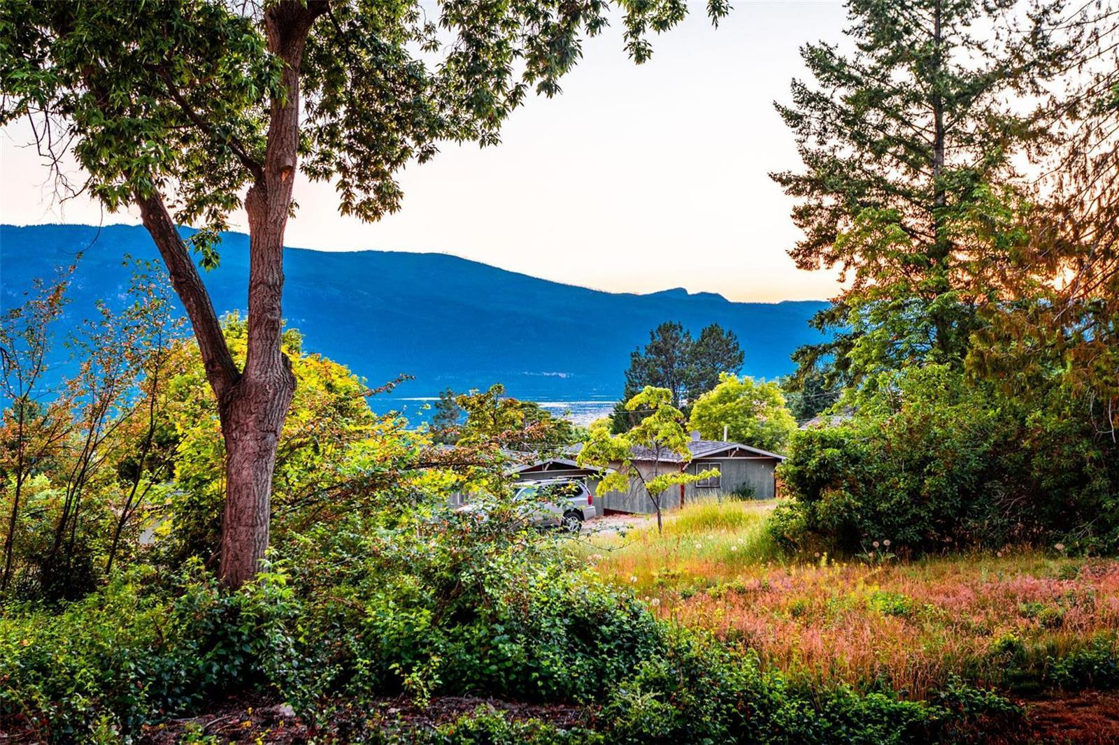 12815 Pixton Road, Sw, Lake Country, British Columbia  V4V 1C9 - Photo 26 - 10236311
