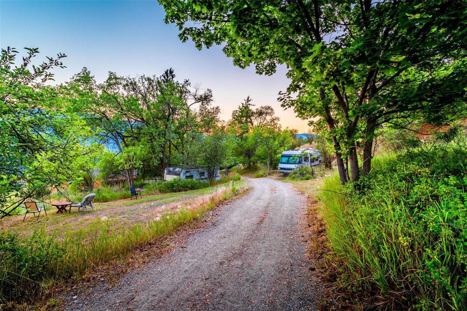 12815 Pixton Road, Sw, Lake Country, British Columbia  V4V 1C9 - Photo 24 - 10236311