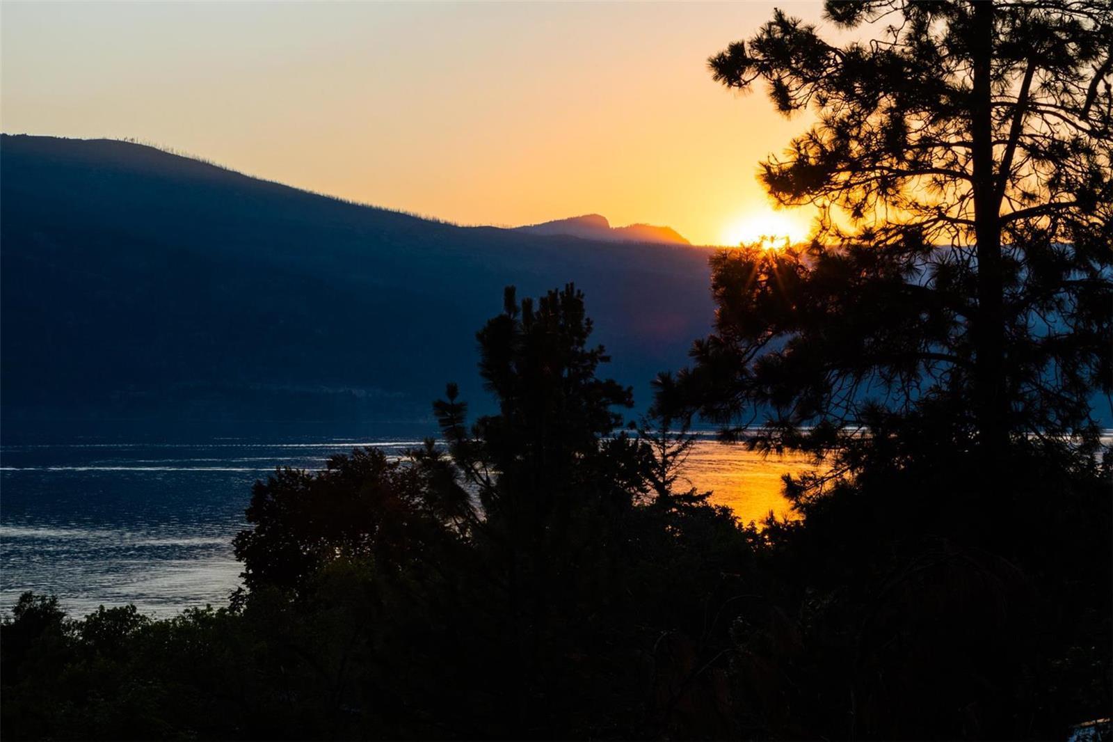 12815 Pixton Road, Sw, Lake Country, British Columbia  V4V 1C9 - Photo 21 - 10236311