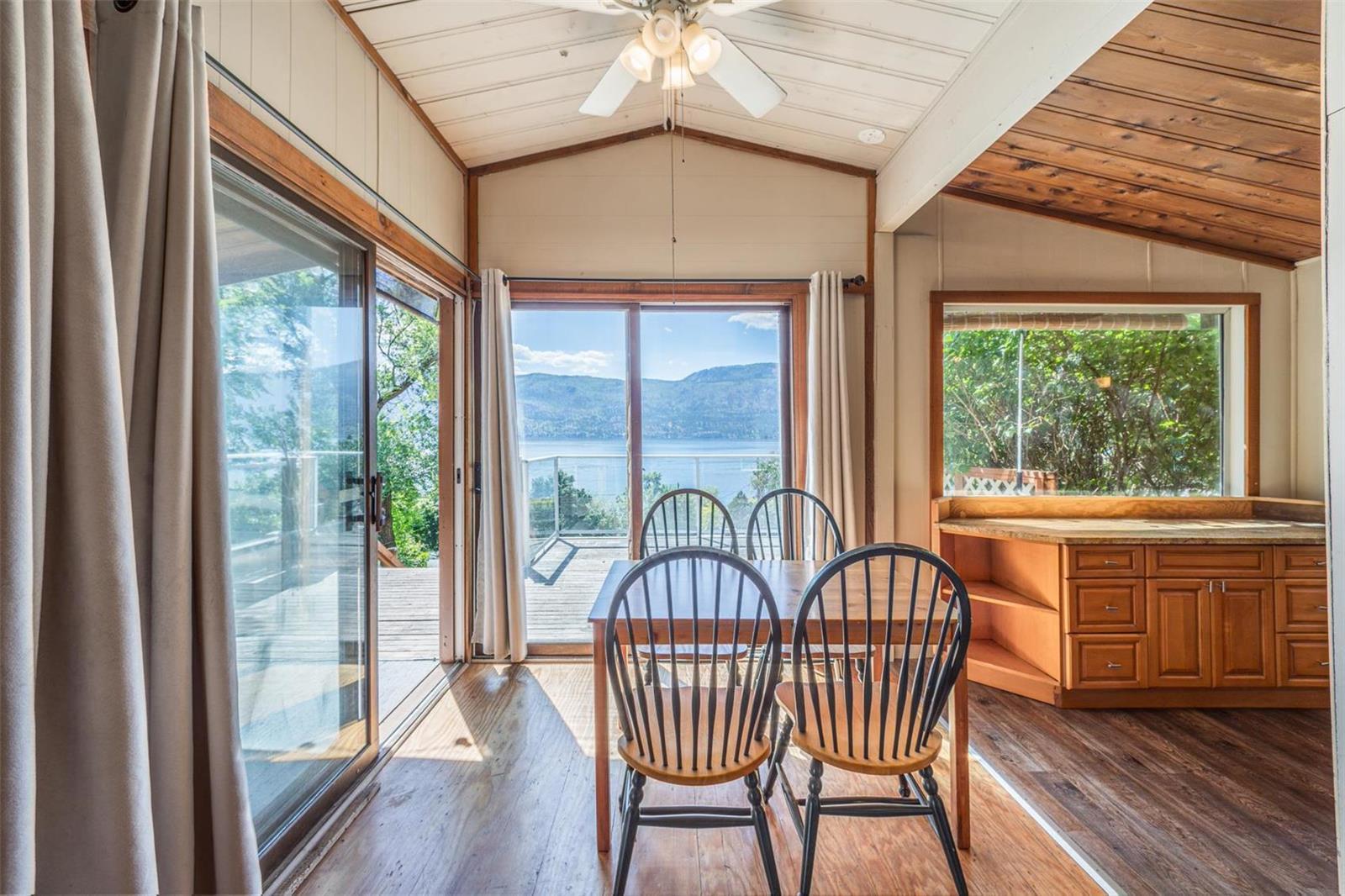 12815 Pixton Road, Sw, Lake Country, British Columbia  V4V 1C9 - Photo 38 - 10236311