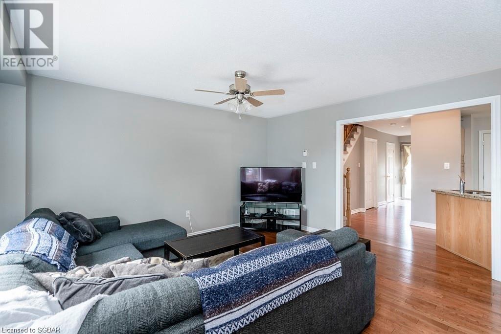 1002 Mississaga Street, Orillia, Ontario  L3V 7E8 - Photo 10 - 40138637