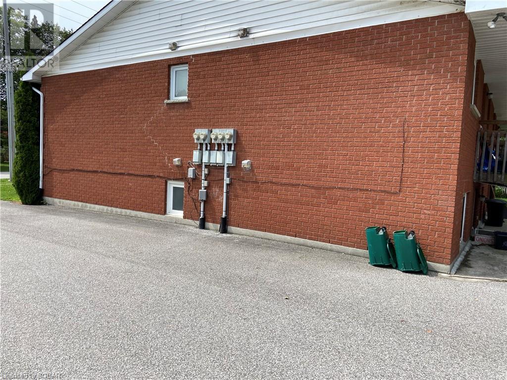 410 Mary Street, Orillia, Ontario  L3V 3G3 - Photo 3 - 40142942