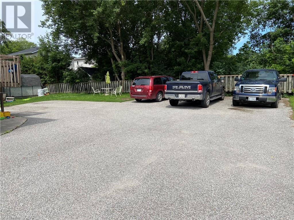 410 Mary Street, Orillia, Ontario  L3V 3G3 - Photo 4 - 40142942