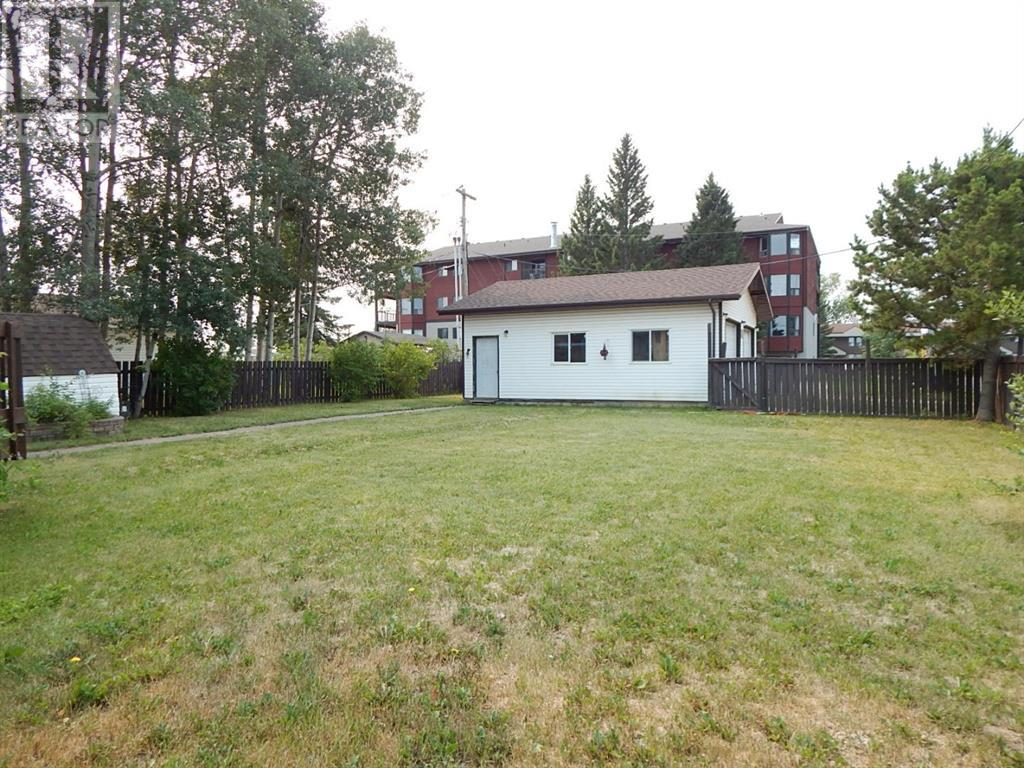 Property Image 4 for 10317 99 Avenue