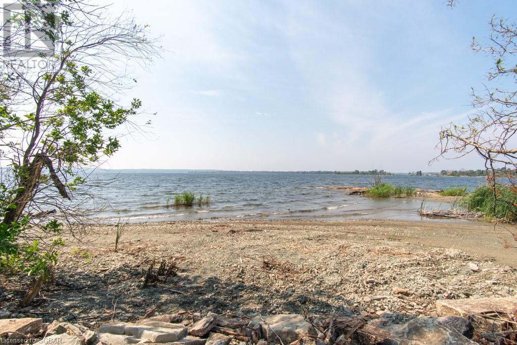 20 Is 404 / Quarry Island, Honey Harbour, Ontario  P0E 1E0 - Photo 7 - 40139148