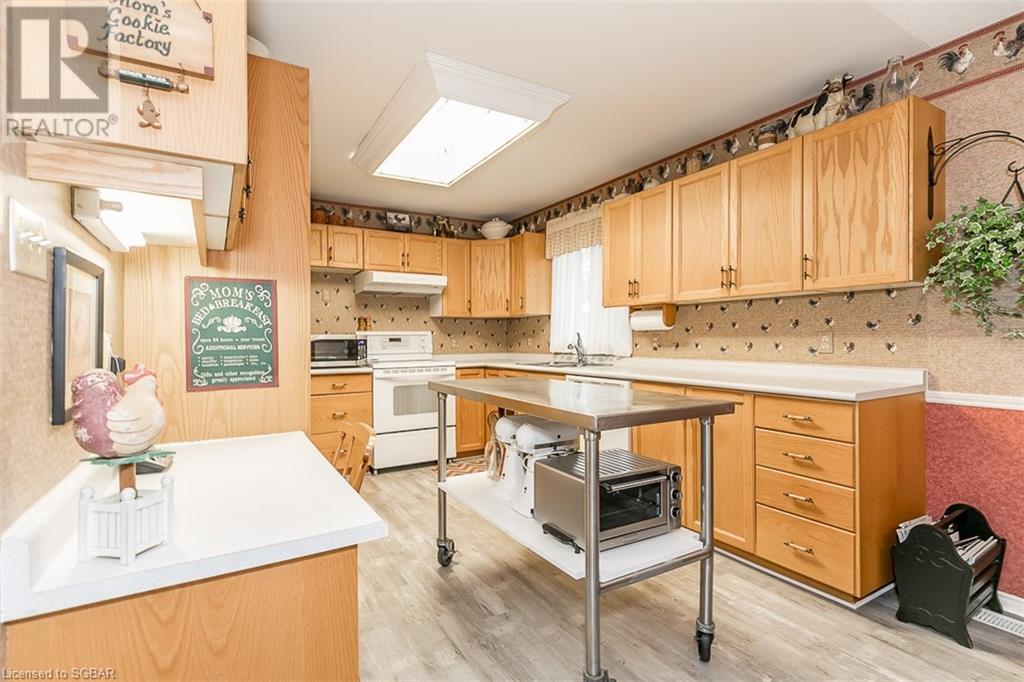 12 Edward Street E, Creemore, Ontario  L0M 1G0 - Photo 13 - 40143421