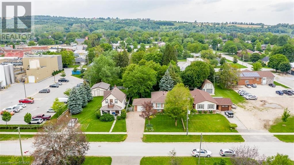12 Edward Street E, Creemore, Ontario  L0M 1G0 - Photo 42 - 40143421