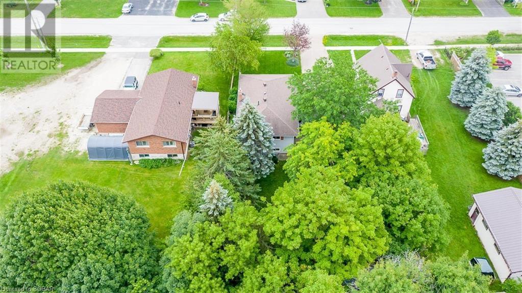 12 Edward Street E, Creemore, Ontario  L0M 1G0 - Photo 43 - 40143421