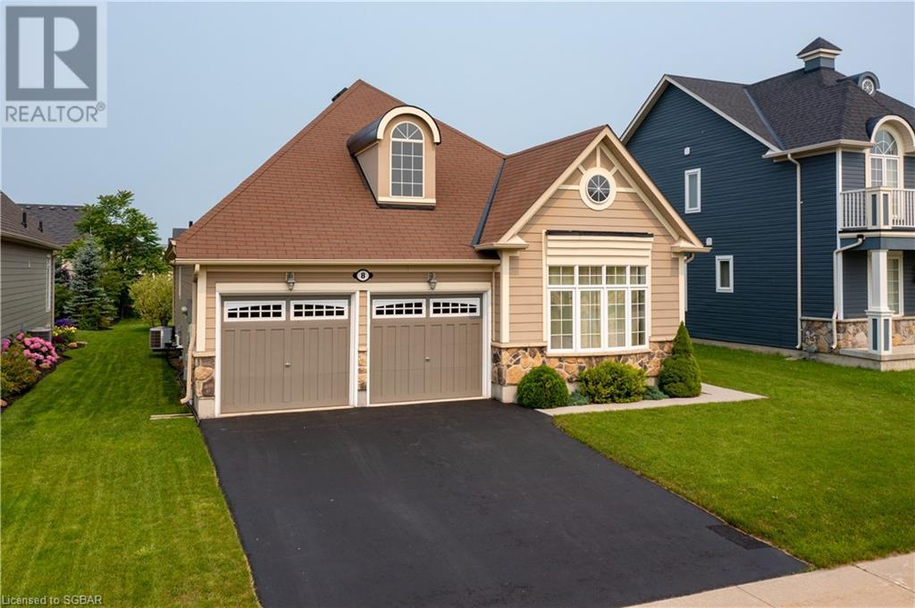 <h3>$859,900</h3><p>8 Silver Crescent, Collingwood, Ontario</p>