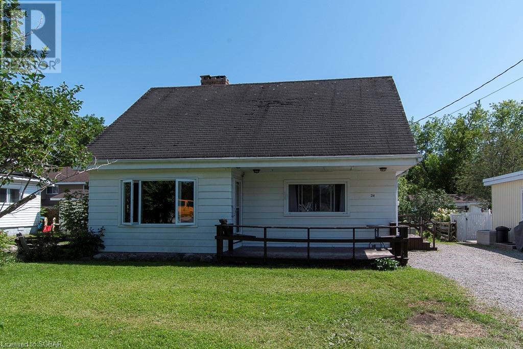 24 Burke Street, Penetanguishene, Ontario  L9M 1C1 - Photo 1 - 40145771