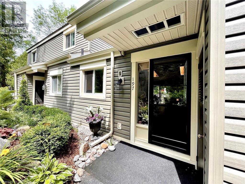 <h3>$10,000<small> Seasonal</small></h3><p>197 Escarpment Crescent, Collingwood, Ontario</p>