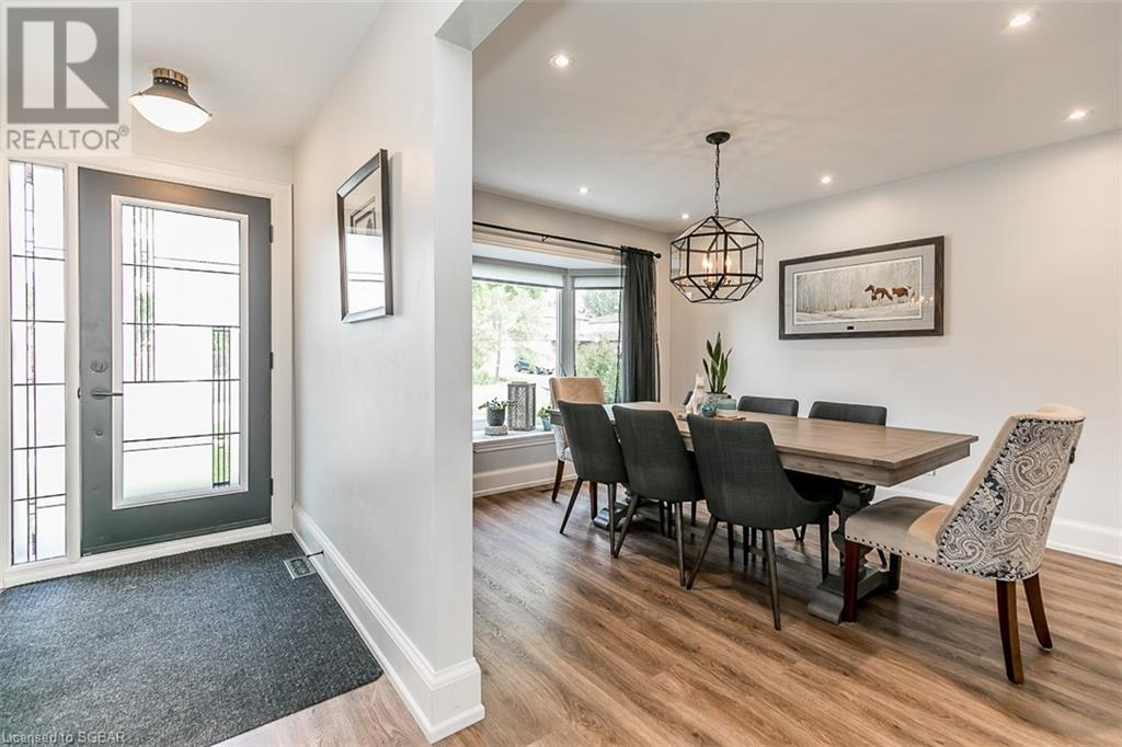 598 Haines Road, Newmarket, Ontario  L3Y 6V5 - Photo 4 - 40139823