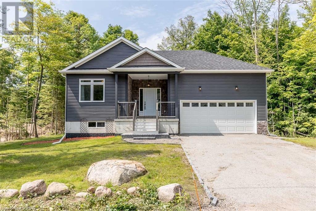 <h3>$889,500</h3><p>118 Trout Lane, Tiny, Ontario</p>