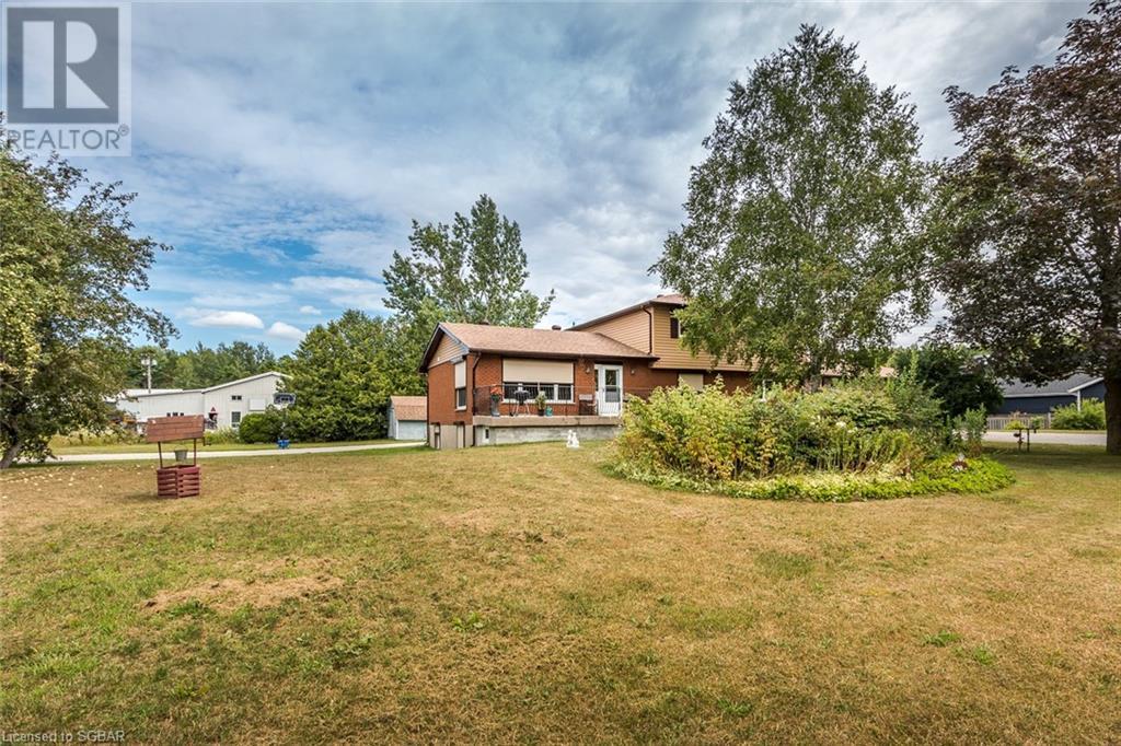 167 6 County Road S, Tiny, Ontario  L0L 2J0 - Photo 2 - 40147271