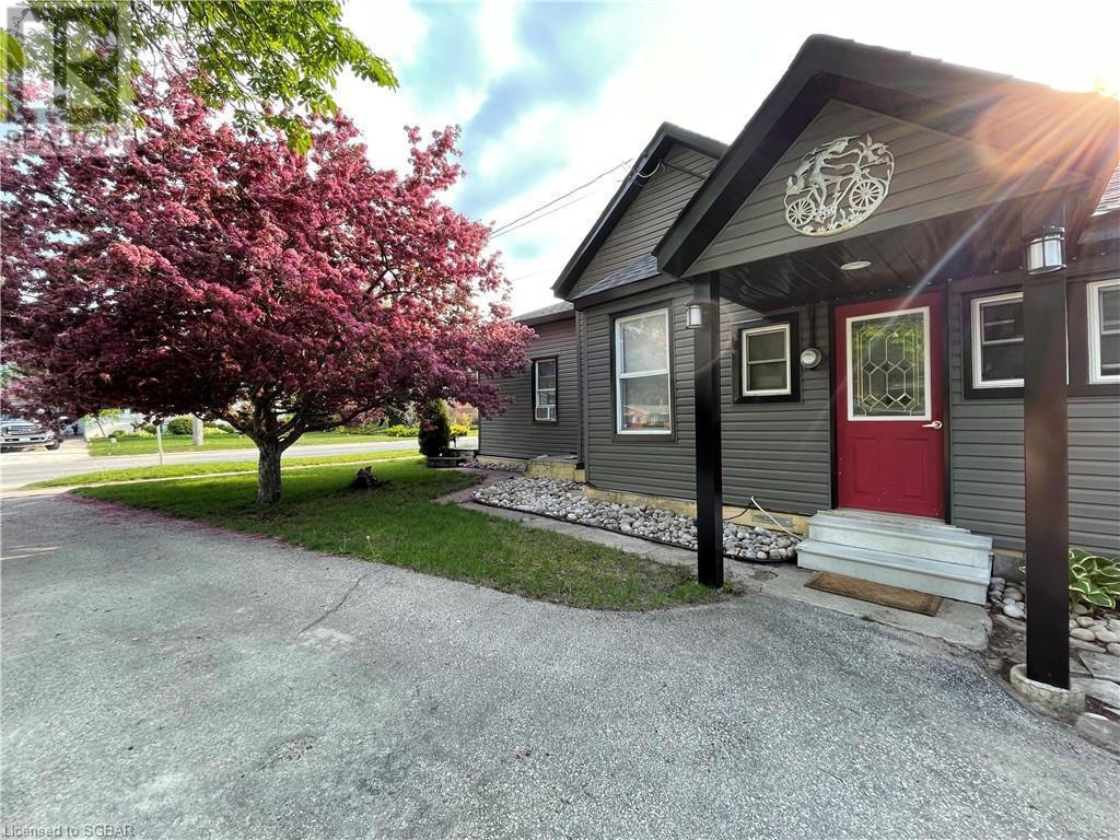 61 Sixth Street, Collingwood, Ontario  L9Y 1Y8 - Photo 1 - 40125319