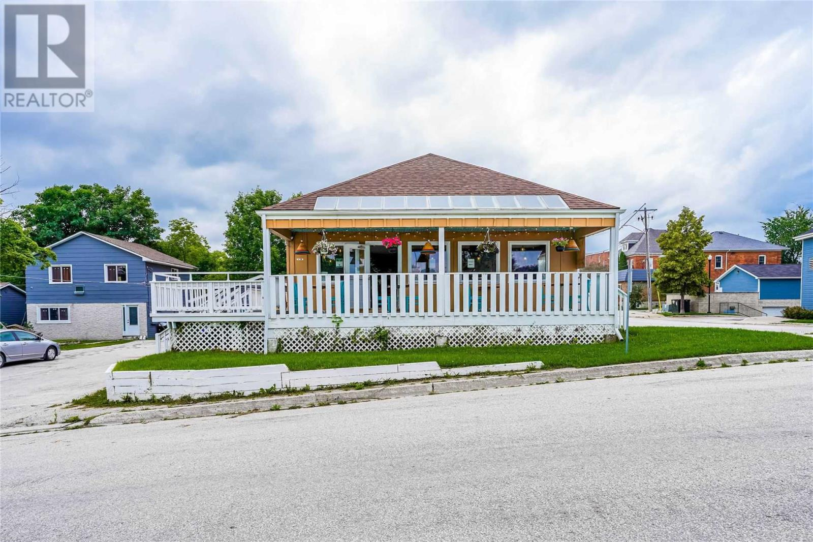 12 Bayfield St, Meaford, Ontario  N4L 1G1 - Photo 1 - X5324105