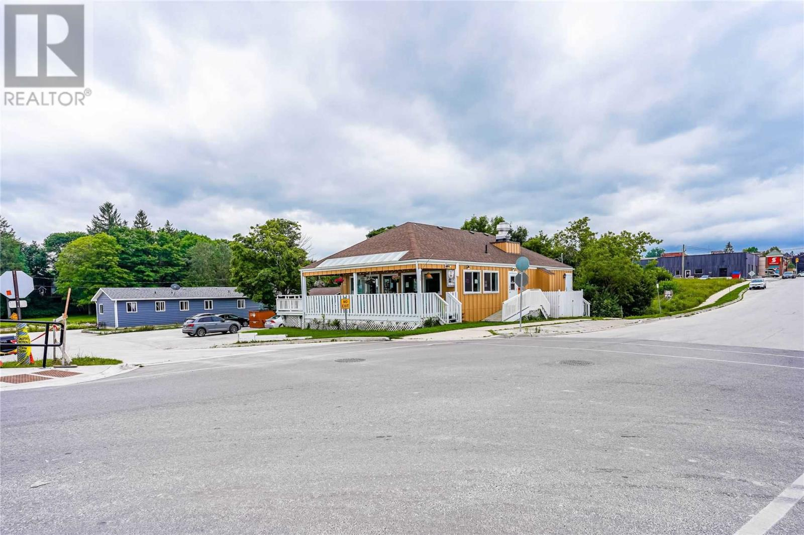 12 Bayfield St, Meaford, Ontario  N4L 1G1 - Photo 2 - X5324105