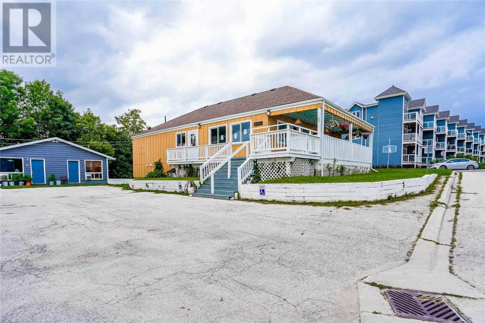 12 Bayfield St, Meaford, Ontario  N4L 1G1 - Photo 3 - X5324105