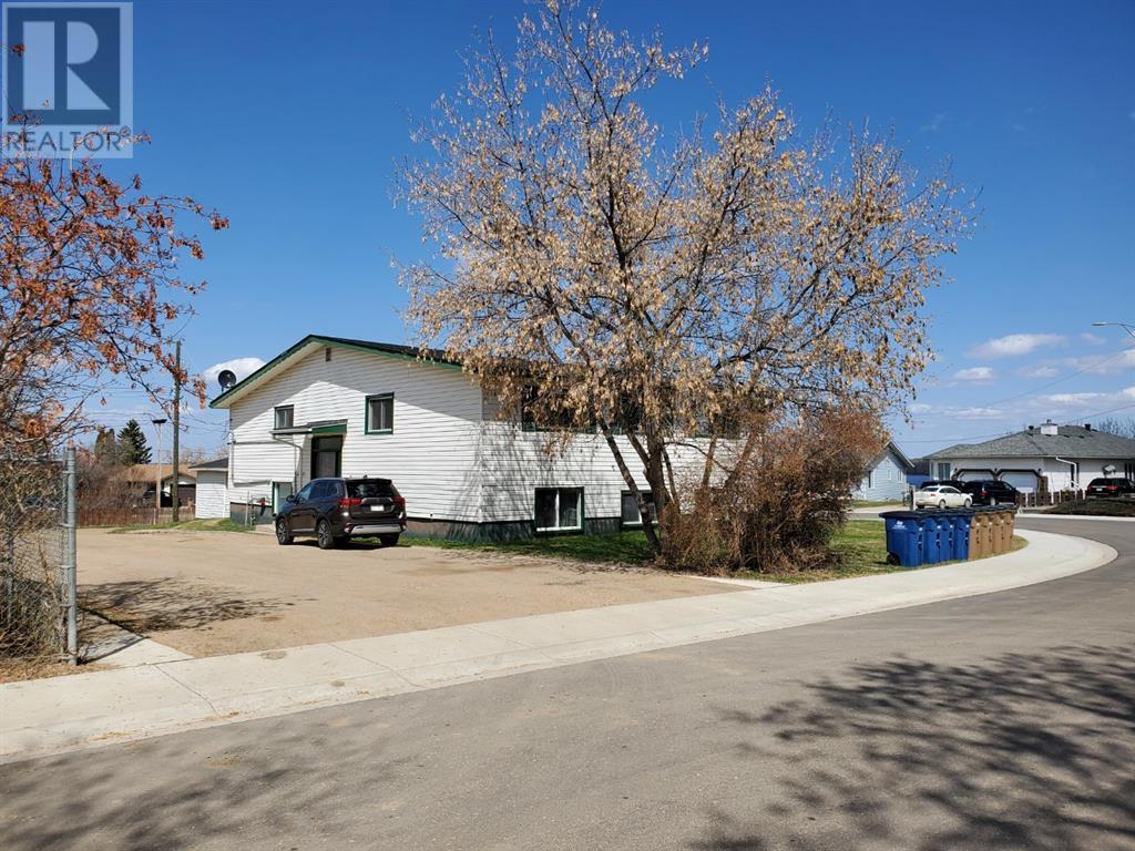 66 Lakeview Crescent, Lac La Biche, Alberta  T0A 2C0 - Photo 3 - A1060666