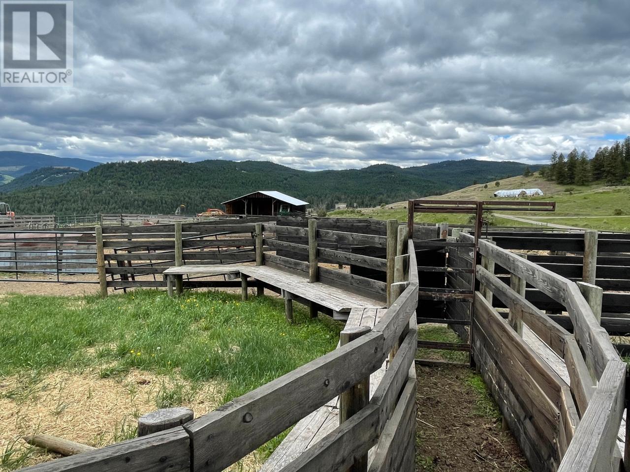 4685 Hwy 3,, Rock Creek/bridesville, British Columbia  V0H 1Y0 - Photo 11 - 189733