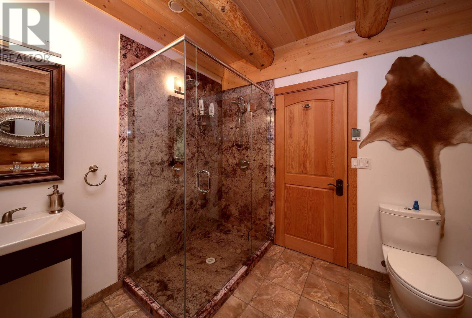 6256 Leamont Place, Horsefly, British Columbia  V0L 1L0 - Photo 24 - R2607272