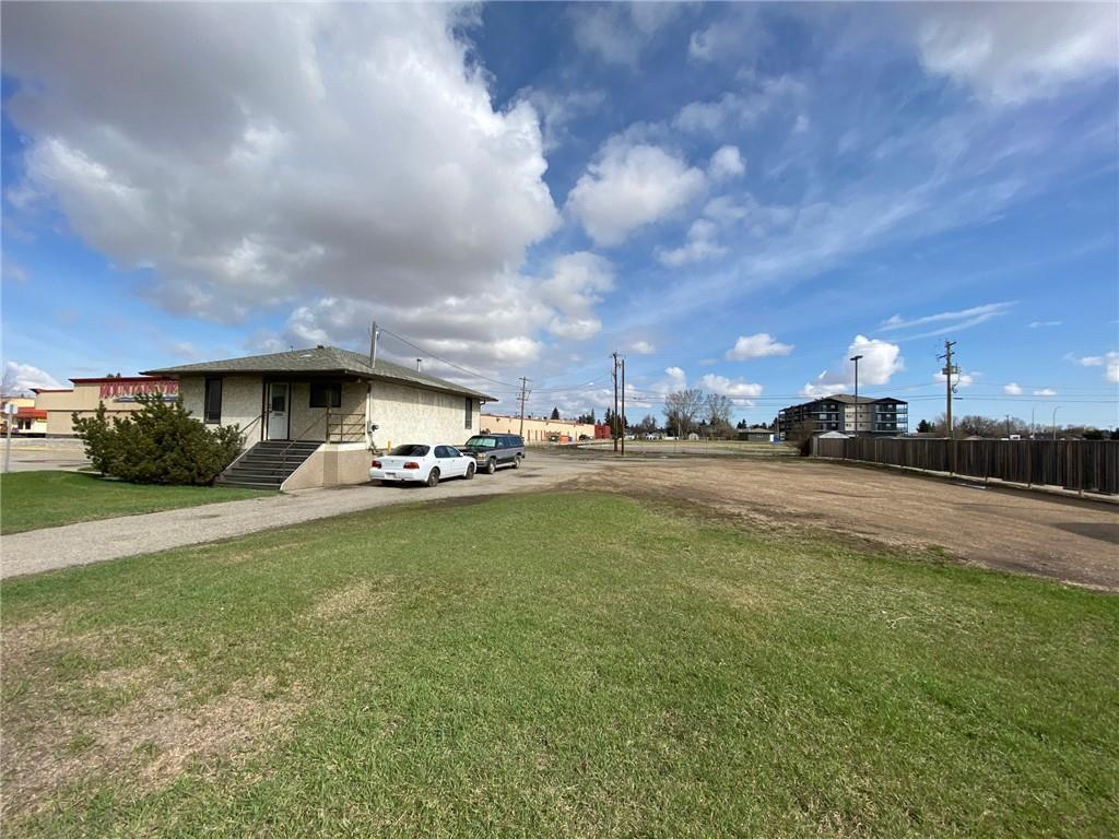 5122/5126 46 St, Olds, Alberta  T4H 1A5 - Photo 5 - C4295316