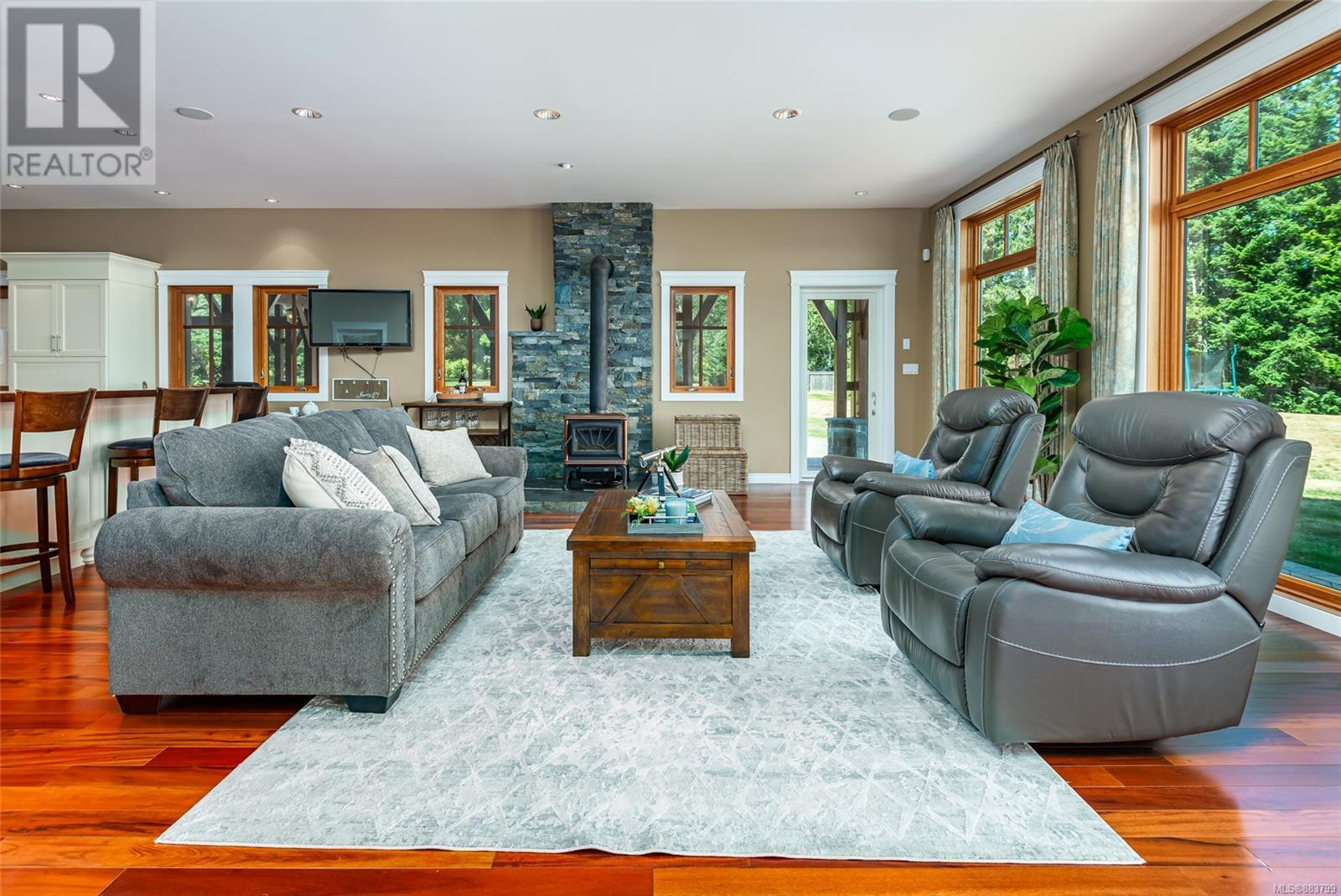 MLS® #883799 - Courtenay House For sale Image #24