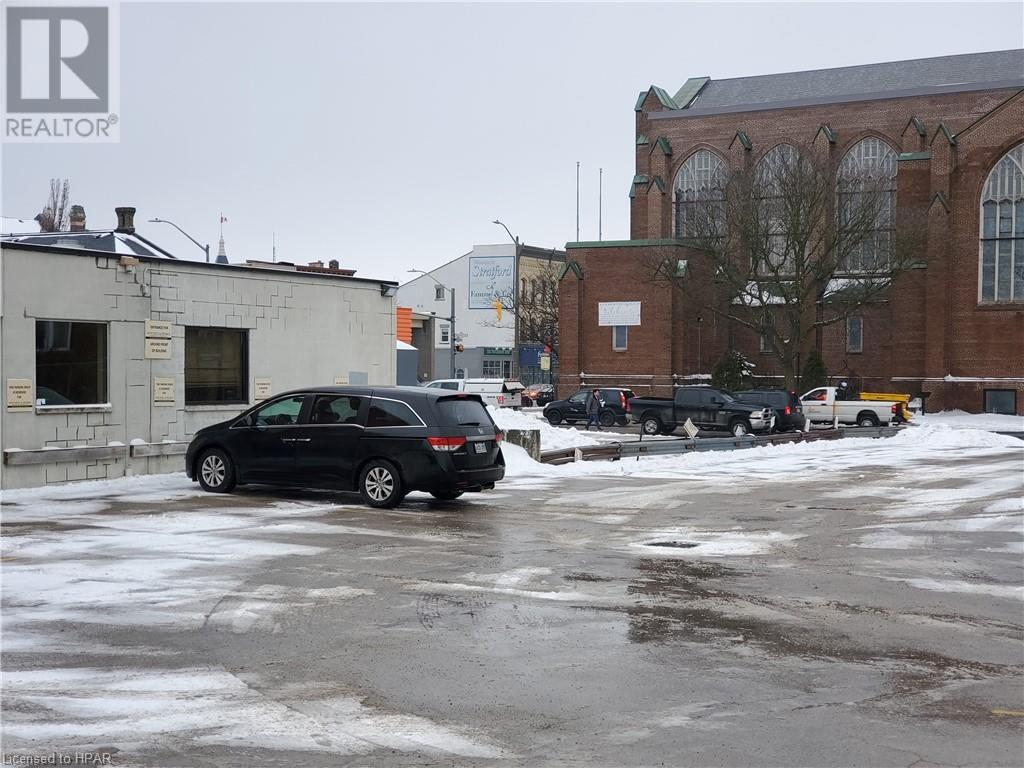168 Ontario Street, Stratford, Ontario  N5A 3H4 - Photo 8 - 30798509