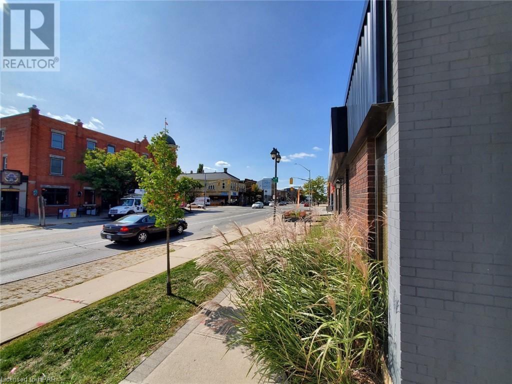 168 Ontario Street, Stratford, Ontario  N5A 3H4 - Photo 3 - 30798509