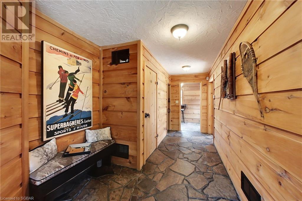 63 Slalom Gate Road, Collingwood, Ontario  L9Y 5B1 - Photo 4 - 40144391