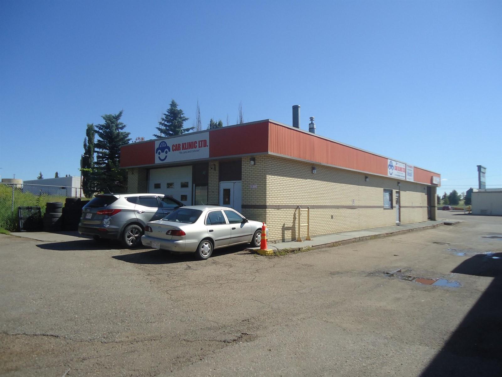 4236 66 St Nw Nw, Edmonton, Alberta  T6E 3N4 - Photo 1 - E4258287