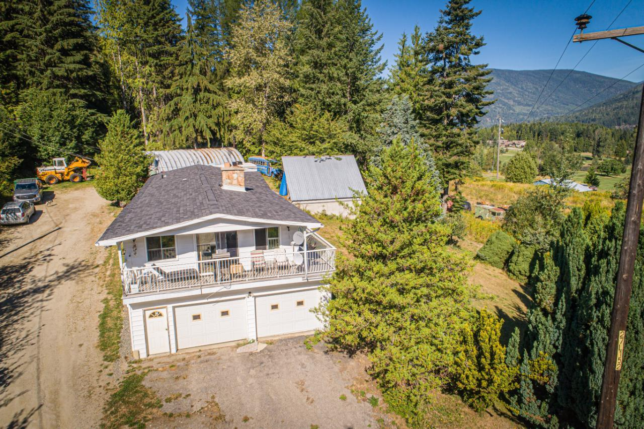 2402 Silver King Road, Nelson, British Columbia  V1L 1C9 - Photo 2 - 2454187