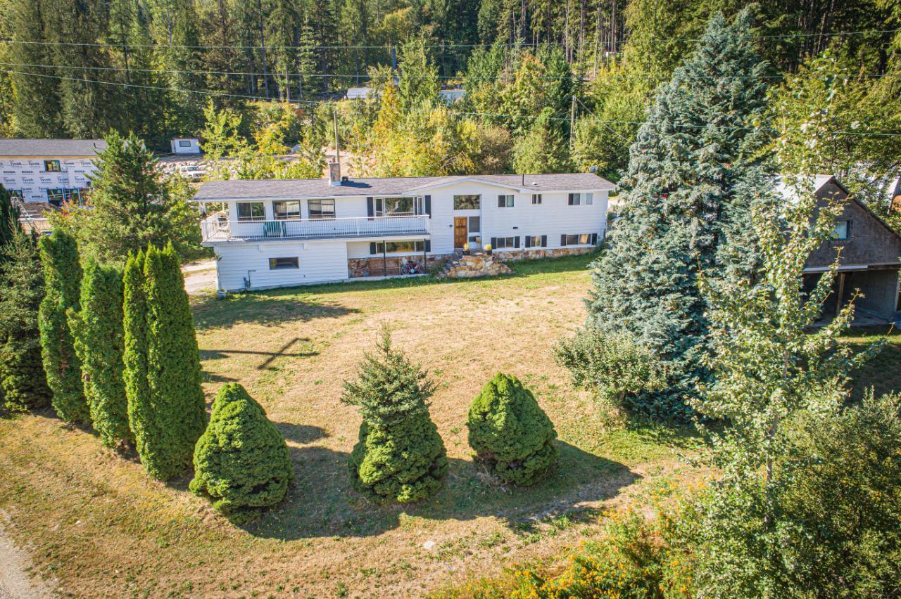 2402 Silver King Road, Nelson, British Columbia  V1L 1C9 - Photo 16 - 2454204