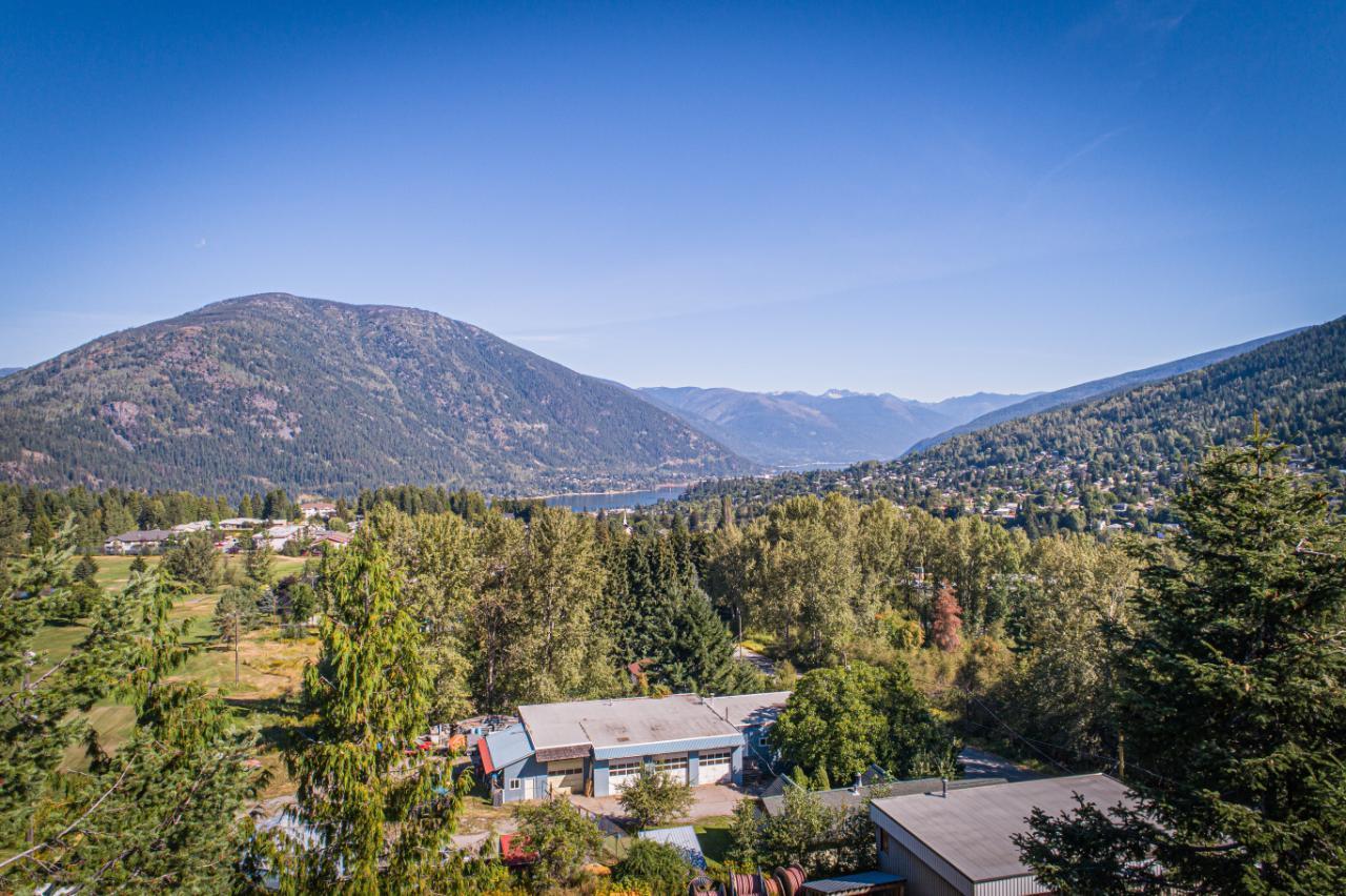 2402 Silver King Road, Nelson, British Columbia  V1L 1C9 - Photo 23 - 2454204