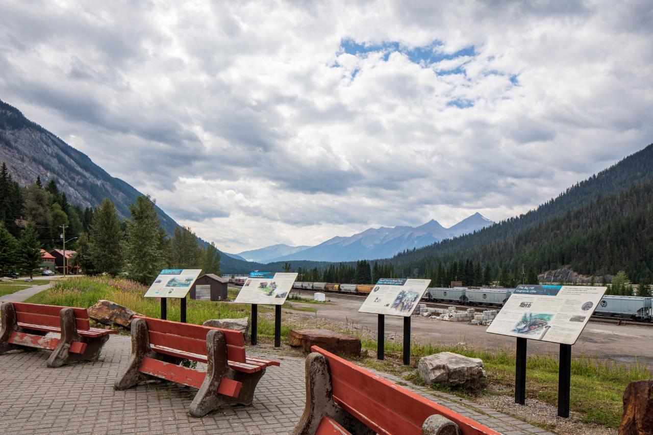 316 Stephen Avenue, East Highway 1, British Columbia  V0A 1G0 - Photo 37 - 2460469