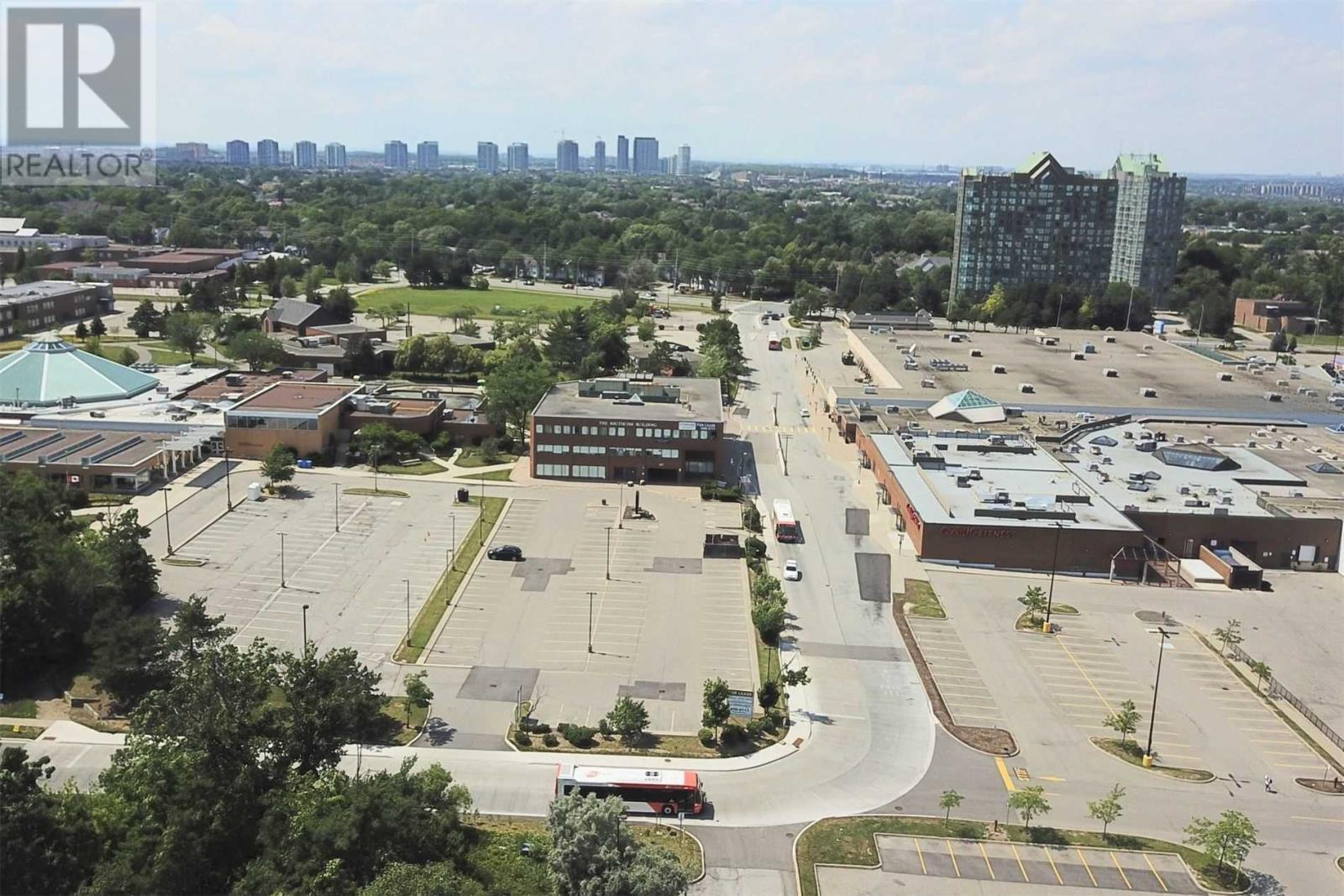 #204-205 -2227 South Mill Way, Mississauga, Ontario  L5L 3R6 - Photo 3 - W5337469