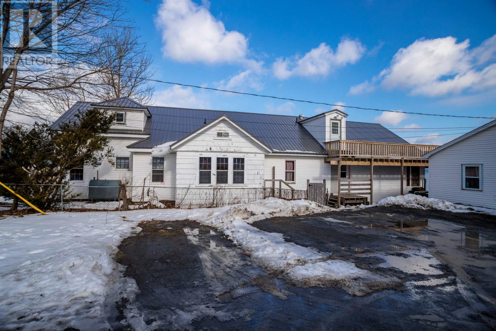 88 Montague Row, Digby, Nova Scotia  B0V 1A0 - Photo 4 - 202103205