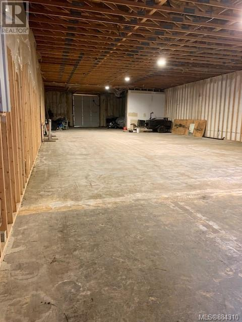 MLS® #884310 - Sayward Warehouse For lease Image #3